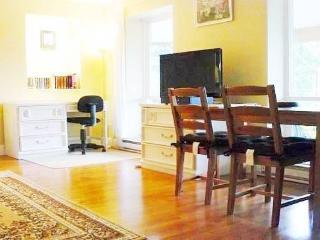 Large, 2 Bedr Ocean View Cottage Suite, SLEEPS 5, - Gibsons vacation rentals