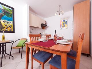 Quiet apartment 2+2! - Vodnjan vacation rentals