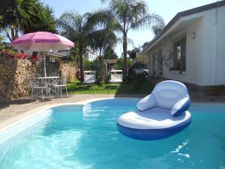 villa con piscina - Cinisi vacation rentals