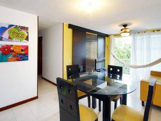 Great Location Executive Furnished Apartment Cali - Cali vacation rentals