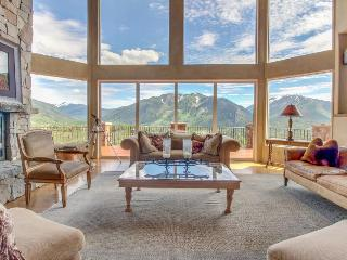 Stunning home w/ hot tub & panoramic mountain views! - Aspen vacation rentals
