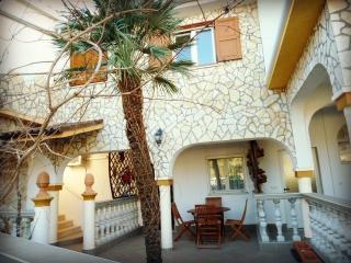 Apartment Olive *** - Medulin vacation rentals