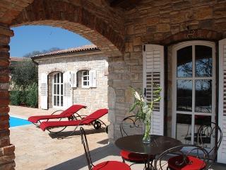 Villa Vicia **** - Barat vacation rentals