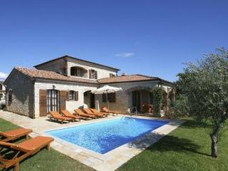 Villa Viola **** - Barat vacation rentals