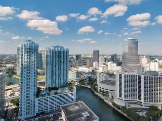 Breathtaking City and Miami River views from 1/1 in Icon-Viceroy!!! - Miami vacation rentals