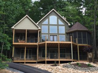 Just Built! Views, Pool Table, Fireplaces, PS-4 - Massanutten vacation rentals