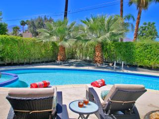 Mid Century Modern Oasis!! - Palm Springs vacation rentals