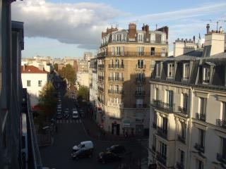 Cute and comfortable, fully furnished Paris aptm! - Paris vacation rentals