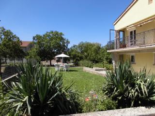 Gîte Le Bouquet - Chatillon-en-Diois vacation rentals