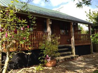 Restored 1970s Cabin in Saundersfoot. - Saundersfoot vacation rentals