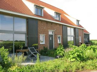 Farmhouse for family near sea 3 bedrooms - Schoondijke vacation rentals