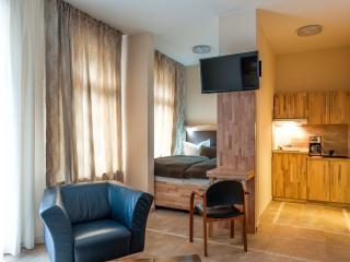 Karli-Apartment, Suite I - Leipzig vacation rentals