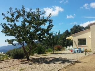 Stylish villa in South Corsica between the sea and the mountains, w/fenced garden & magnificent view - Serra-di-Scopamene vacation rentals
