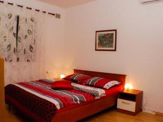 Apartment Brown Poreč / 1 bathroom / 4 sleeps - Porec vacation rentals