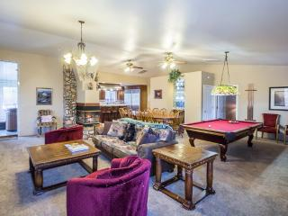 Luxury 3 bedroom designed for entertaining! Wifi! - Yosemite National Park vacation rentals