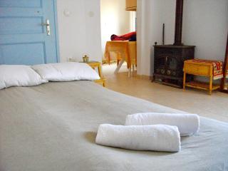 Naxos Studio - Glinado vacation rentals