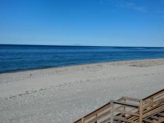 Oceanfront with Beautiful Views of Cape Cod Bay - East Sandwich vacation rentals