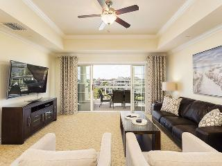 Sandy Ridge Delight - 3 Bed Top Floor Condo - *New Furniture June 2015* - Reunion vacation rentals