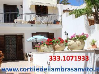 Cortile dell'Ambra BILOCALE 2/3 Posti - San Vito lo Capo vacation rentals