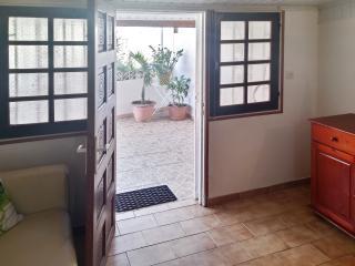 Résidence Les Jasmins - stylish house in Cayenne w air con, WiFi & garden, near Plage de Rémire - Cayenne vacation rentals
