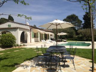 Experience Cote d'Azur- Villa Tutti with Pool a - Valbonne vacation rentals