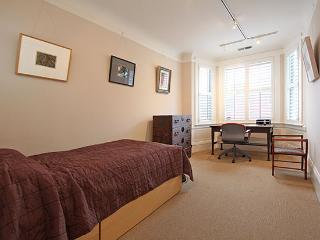 Single Room Just a Block Away from Coit Tower - San Francisco vacation rentals