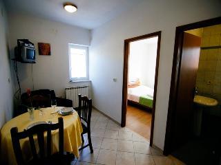 APARTMENT VALERIA - Cres vacation rentals
