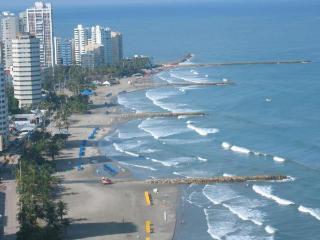 CARTAGENA BEACH FRONT APARTMENTS - Cartagena vacation rentals