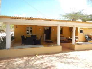 Two bedroom house - Noord vacation rentals