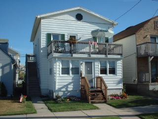 Awesome deal for families near beach and boardwalk - Ocean City vacation rentals