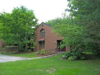 Deer Park 302 - Managed by Loon Reservation Service - North Woodstock vacation rentals