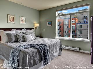 2 Bedroom 2 Bathroom Gateway City Oasis - Seattle vacation rentals
