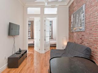 Newly Renovated 2 Bedrooms near Times Sq (51#2F) - Weehawken vacation rentals