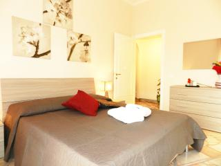 Anthony's Home 5 people WiFi free - Rome vacation rentals