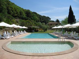 Il Casolare Val di Mare. Splendid country house near the sea!! 4 pax - Riparbella vacation rentals