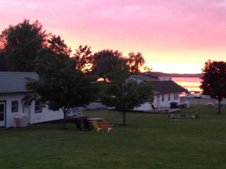 Seaway Slips Waterfront Cottages - Clayton vacation rentals