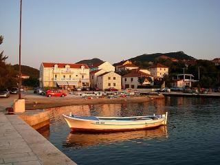 Room2 Krile - vacation in nature - Ston vacation rentals