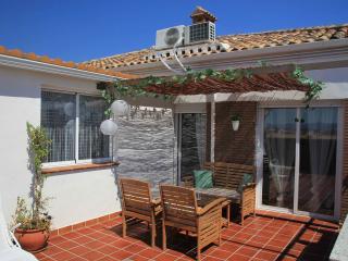 NEW, TERRACE, BARBACUE, NEAR CENTRAL CITY, PARKING - Granada vacation rentals