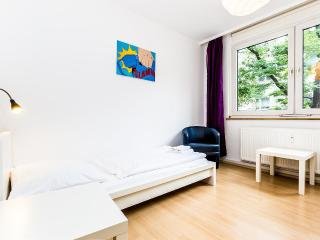 66 Nice apartment for 6 in Cologne Höhenberg - Cologne vacation rentals