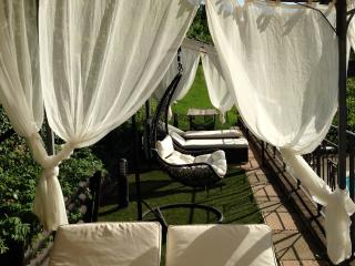 Luxury Villa cottages rental 15min.dowtown Perugia - Perugia vacation rentals