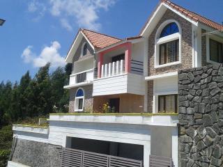 Nice garden view cottage ( Poomex homes) - Kodaikanal vacation rentals
