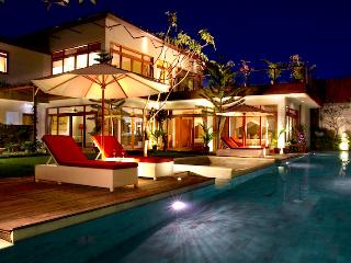 ZOLINA Serviced Compound Warm Helpful Staff - Seminyak vacation rentals