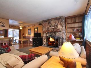 Scotty's Pines! Close to Slopes, Golf & Zoo! BBQ! - City of Big Bear Lake vacation rentals