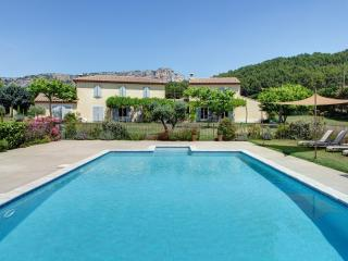 Luberon Vacation Rental with Private Spa, Provence - Merindol vacation rentals