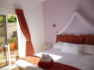 Atlantic Vista - The Garden Room - Prazeres vacation rentals