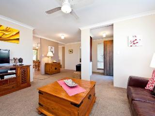 MULLALOO BEACH BREAK - Western Australia vacation rentals