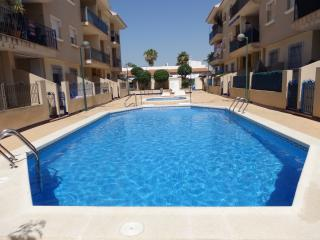 2 Bed Pentouse with Pool and roof terrace - Los Alcazares vacation rentals