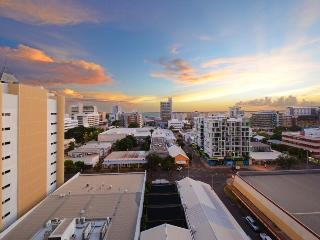 Darwin Executive Apartment (901) +FREE CAR - Darwin vacation rentals