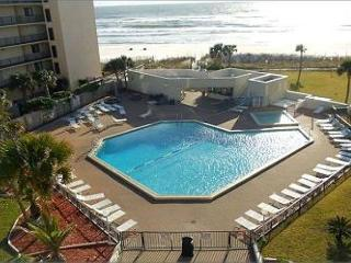 Top of the Gulf 225-Studio-Gulf Front-Sleeps 4-Great Value on the Beach! - Panama City vacation rentals