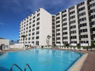 Top of the Gulf 525-Studio-Gulf Front-Sleeps 4-Great Value on the Beach! - Panama City vacation rentals
